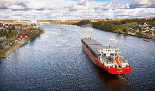 Shipping Partner Dronefoto Båt